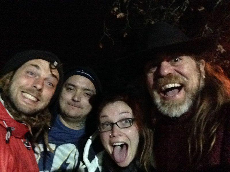Encuentro con Andrea, Steve y otro amigo con velero