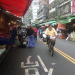 Las calles del mercado aún tranquilas